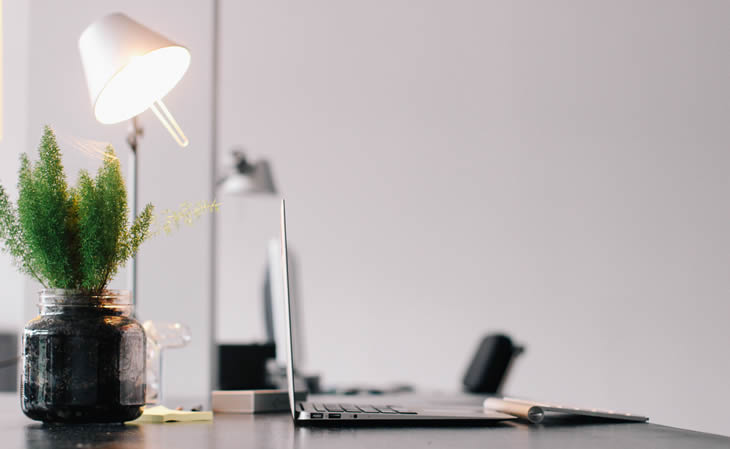 5 Tips for Setting up a Healthy Home Workstation